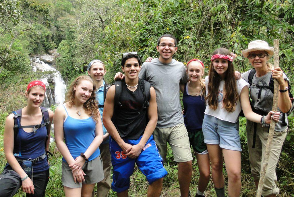 Group_Tours_Waterfalls